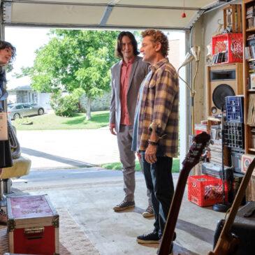Writer Ed Solomon Talks Bill & Ted, Men in Black and Keanu Reeves!
